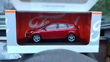 Minichamps FORD FOCUS Dealership Metallic  RED Diecast Model 1/43  MIB *  NEW