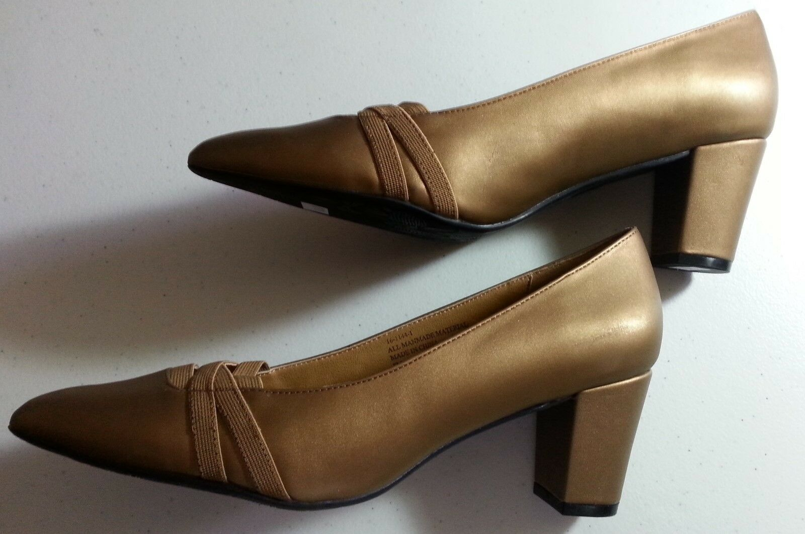 Woman Within--- Comfortview Heels Burnished Gold Comfort Classic Heels Comfortview Shoe New Sz 8M 7d8aa5