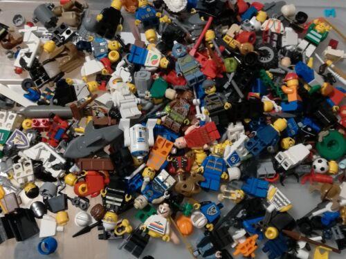 LEGO LOTTO MINIFIGURES 24+48 24 PERSONAGGI MISTI E 48 ACCESSORI VARI LOTTI