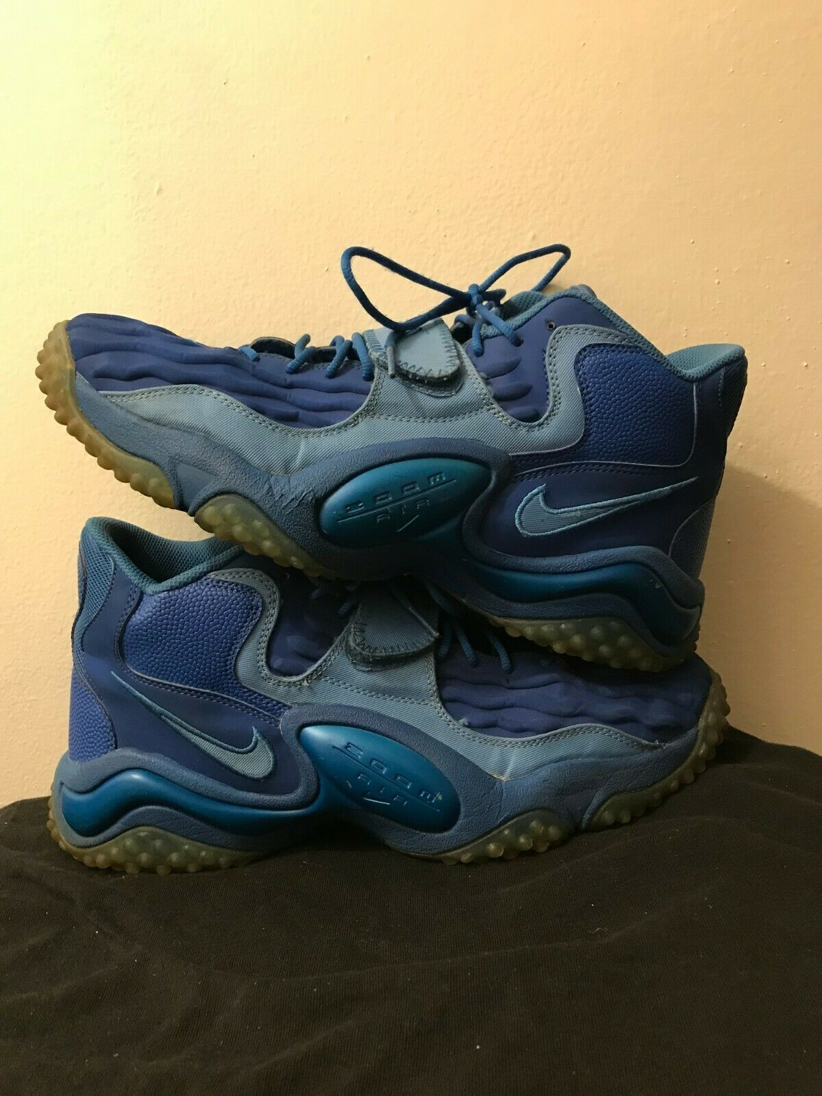 Nike Air Zoom Turf Jet 97 bluee October Size 13 Men's - Pre-Owned Great Condition