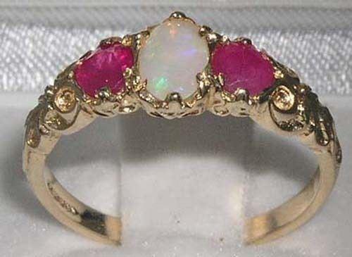 Solido 10ct Giallo oro Naturale Opale & & & Rubino Da donna trilogia anello-Taglie J a Z d0006a