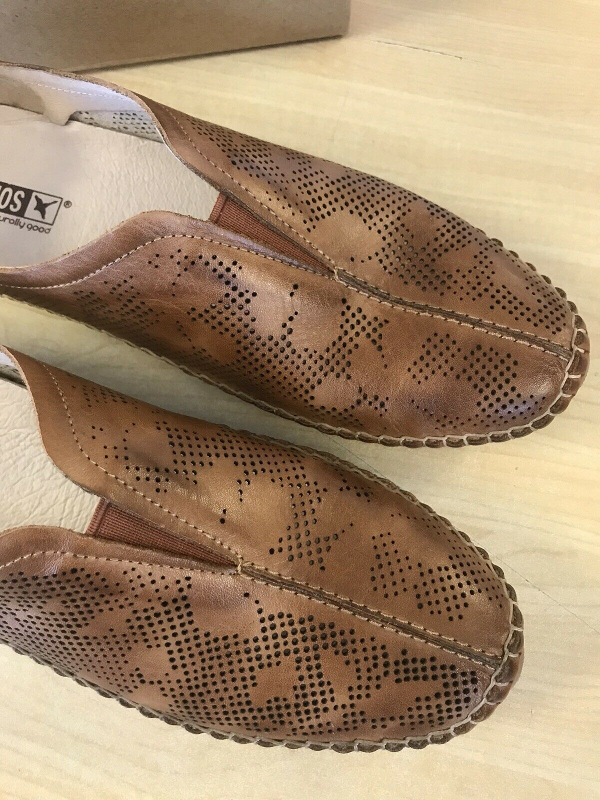 Pikolinos Jerez Brandy Perforated Leather Leather Leather Slip On shoes - EU 39 (US 9-9.5) 65ed97