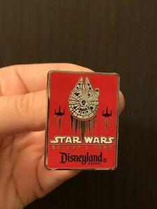 Disney-Pin-Star-Wars-Galaxy-Edge-2019-Disneyland-Resort-Millennium-Falcon-Red