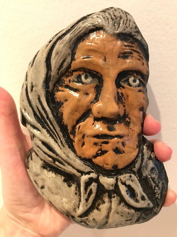 Keramik relief