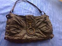 Schöne schwarze Damenhandtasche von DANIEL RAY, kaum benutzt!