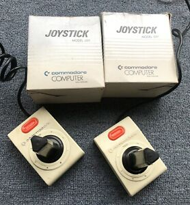 Vintage-Commodore-Computer-Joysticks-X2-Model-1311-C64
