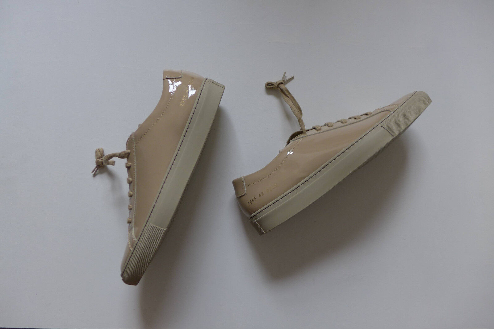 Common Projects Achilles - Trainers in Gloss Taupe, Talla 42 - Achilles BNWB, 330 2b5729