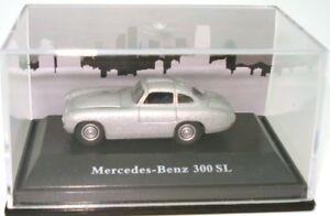 1-87-MERCEDES-BENZ-300-SL-NEW-IN-DISPLAY-CASE