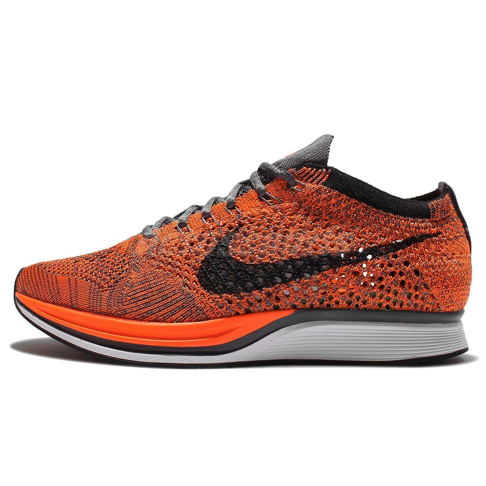 Le scarpe nike flyknit racer arancione bianco grigio 526628 810