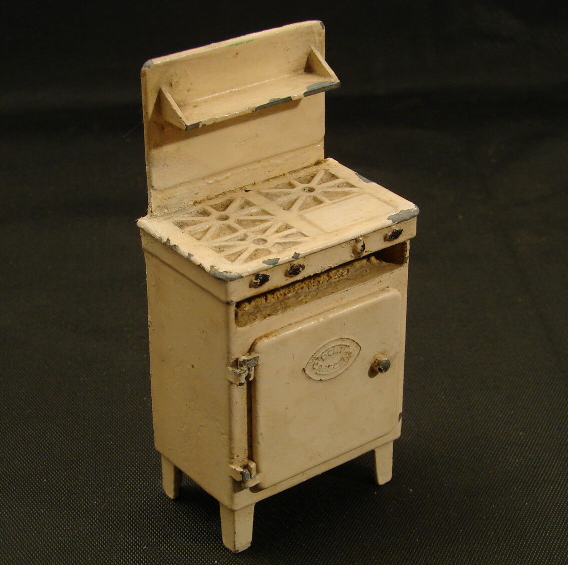 1930s 50s Vintage Cast Toy Cooker with opening door Crescent Toys England