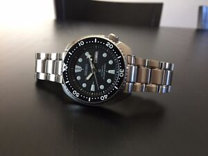 Seiko-Turtle-Prospex-Seiko-Pagong-SRP777-Divers-Automatic-Watch-on-Steel-Strap