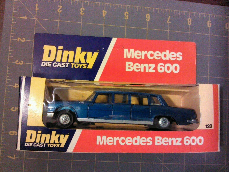 Dinky Mercedes Benz 600 blu limousine die cast car, meccano, box 1976