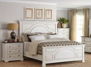 Rustic Vintage Distressed White Pine Wood King Bed Bedroom