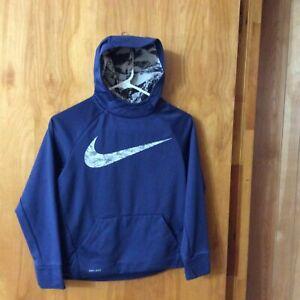 Para llevar Tierras altas Dispensación  Nike Dri-Fit con capucha Sudadera Azul Gris Camo Swoosh chicos TAMAÑO M  Canguro Bolsillo   eBay