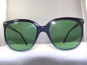9525a60c6f New Vintage Maui Jim Sunglass Frame NAVY Solid GREEN 70% Lens 100 ...