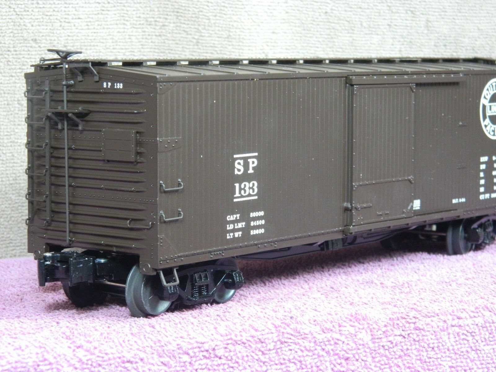 LIONEL SCALE  6-27246 SOUTHERN PACIFIC DOUBLE SHEATHED  SD 40FT BOX CAR NIB