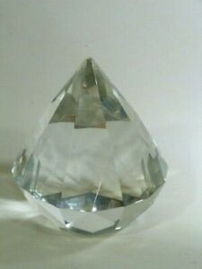 Beautiful Vintage conic faced glass paper weight signed: PBG  June 1987