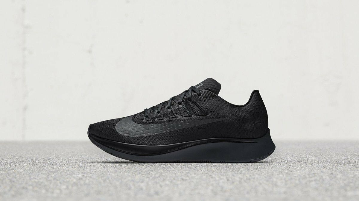 huge selection of 59553 b1773 Nike Zoom Fly Running Shoes Shoes Shoes Breaking Ice Triple Black Mens  Sizes blackout af9ec3