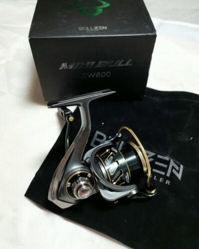BULLZEN Japan Mini Bull SW800 Stationärrolle Angelrolle Barsch UL Spoon