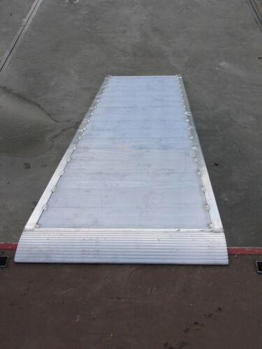 100 cm breit Eventrampe 240 cm lang Auffahrrampe Rollstuhlrampe
