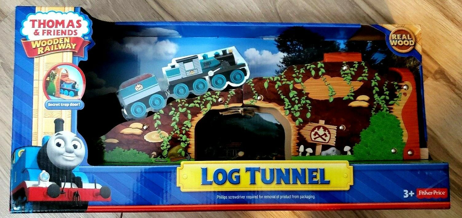 Thomas /& Friends Log Tunnel NIB Train  Discontinued MIB Vintage