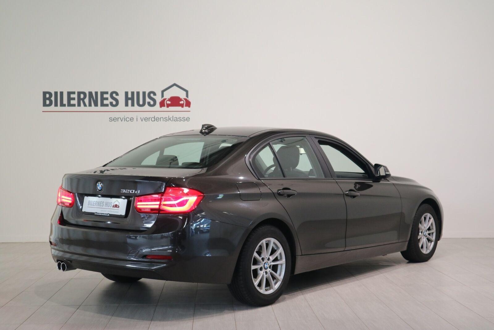 BMW 320d 2,0 aut. - billede 1