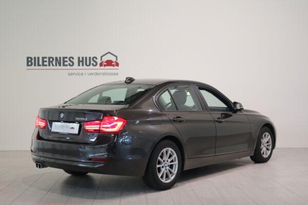 BMW 320d 2,0 aut. billede 1