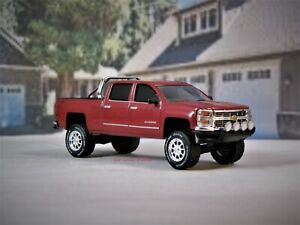 2014 Chevy Silverado Lifted >> Details About Lifted 2014 2019 Chevy Silverado Z71 4x4 Pickup Truck 1 64 Collectible Model
