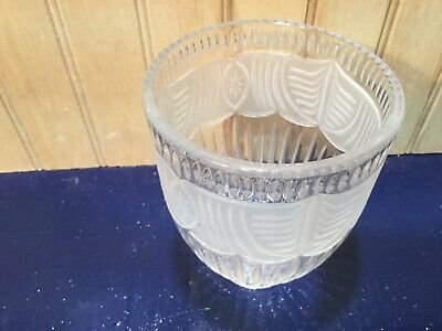 """VTG Glass Shade Globe Pink Mauve Etched Glass 2 1//4/"""" Fitter"""