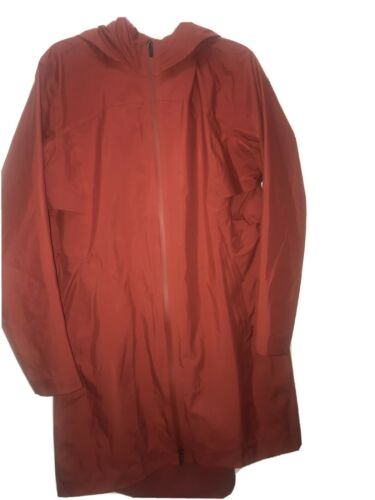 Lululemon Size 12 Jacket Rain Coat