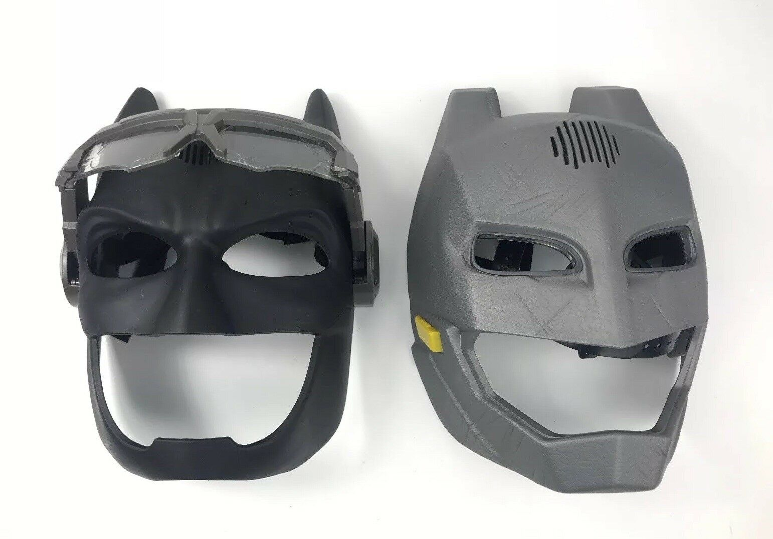 Batman v Superman and Batman Justice League Lot of 2X Voice Changer Masks Mattel