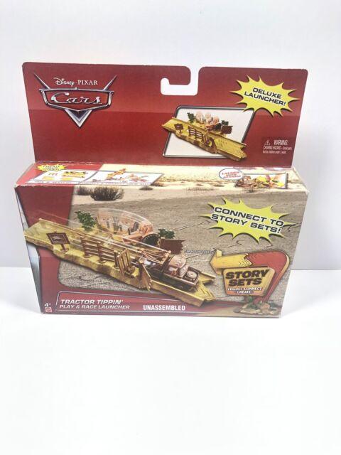 Disney/Pixar Cars Lightning McQueen Tractor Tippin' Fields Launcher Toy