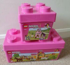 LEGO JUNIOR GIRL Bundle Principessa scuderie Rosa Scatole di LEGO 10674 &...
