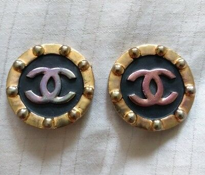 de1aac52ef6ea Authentic CHANEL Vintage CC Logo Clip On Earrings black large round ...