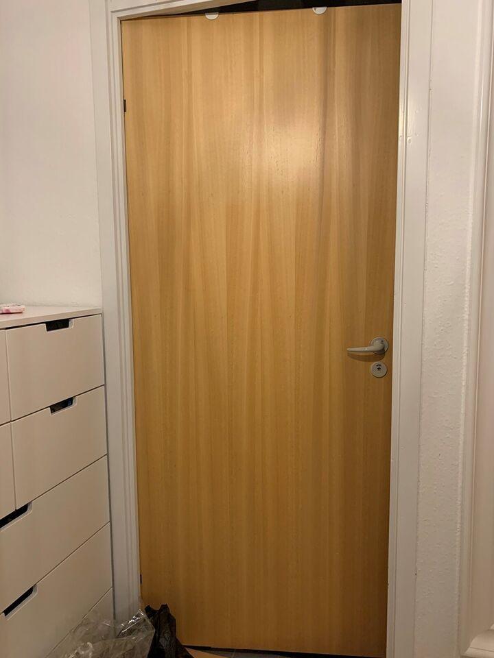 Dørparti, træ, b: 82 h: 204