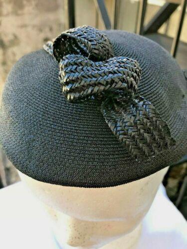 GORGEOUS VINTAGE 1940's BLACK FASCINATOR HAT