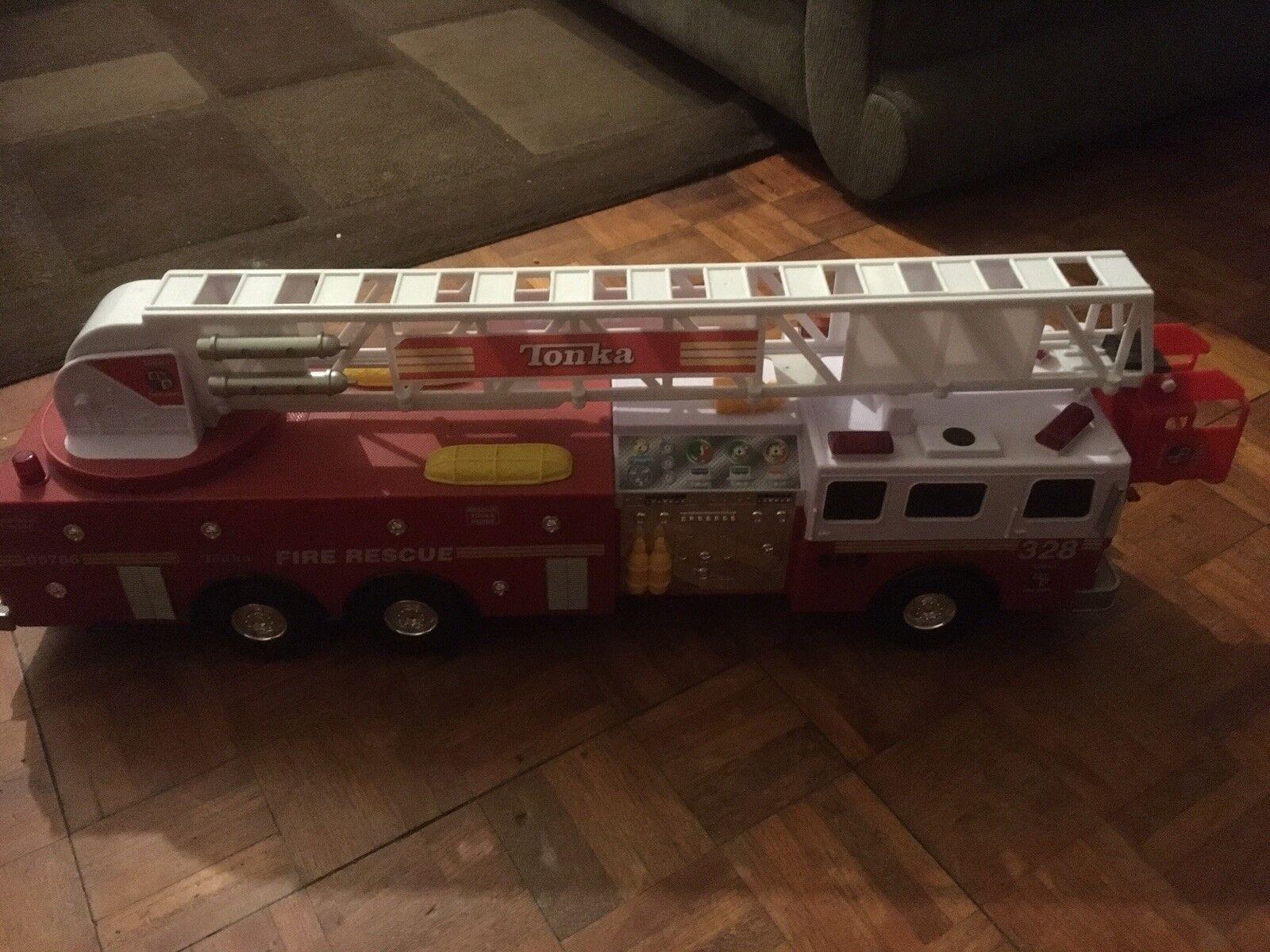 Tonka Camión De Bomberos Rescate 2018 Hasbro 88cm de longitud