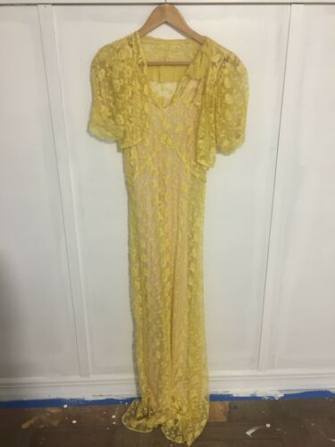 1940s Vintage Lace Dress With Slip