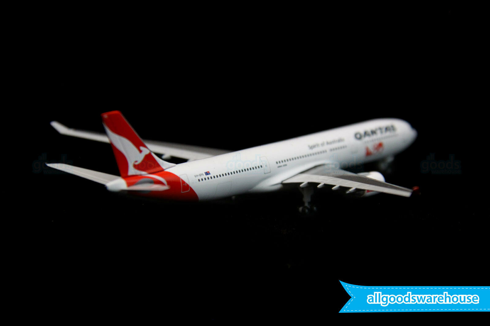 Qantas Airbus A330-300 VH-QPA 1 500 scale die-cast model replica A300 aircraft