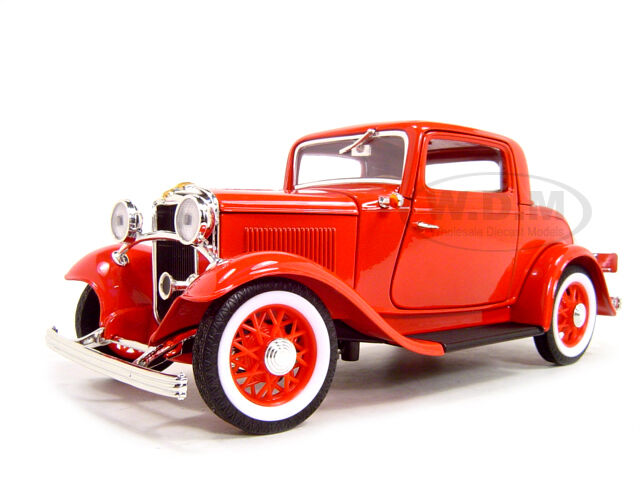 1932 FORD 3 WINDOW COUPE RED 1:18 DIECAST MODEL CAR BY ROAD SIGNATURE 92248