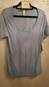 LuLaRoe-Medium-Classic-T-NWT-Women-039-s-Short-Sleeve-Shirt-Ladies-Medium-Top-Blue