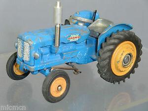 Vintage Corgi Toys Modèle No.55 Fordson    Tracteur  power Major