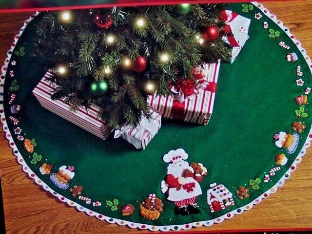 Bucilla Discontinued Santa's Sweet Shop Felt Christmas Tree Skirt Kit OOP  RARE - Bucilla 86188 Felt Applique Tree Skirt Santa's Sweet Shop 43