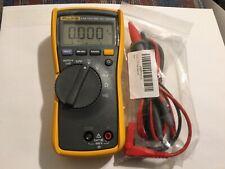Fluke 114 Cat Iii 600 V True Rms Electrical Multimeter Open Box Unused