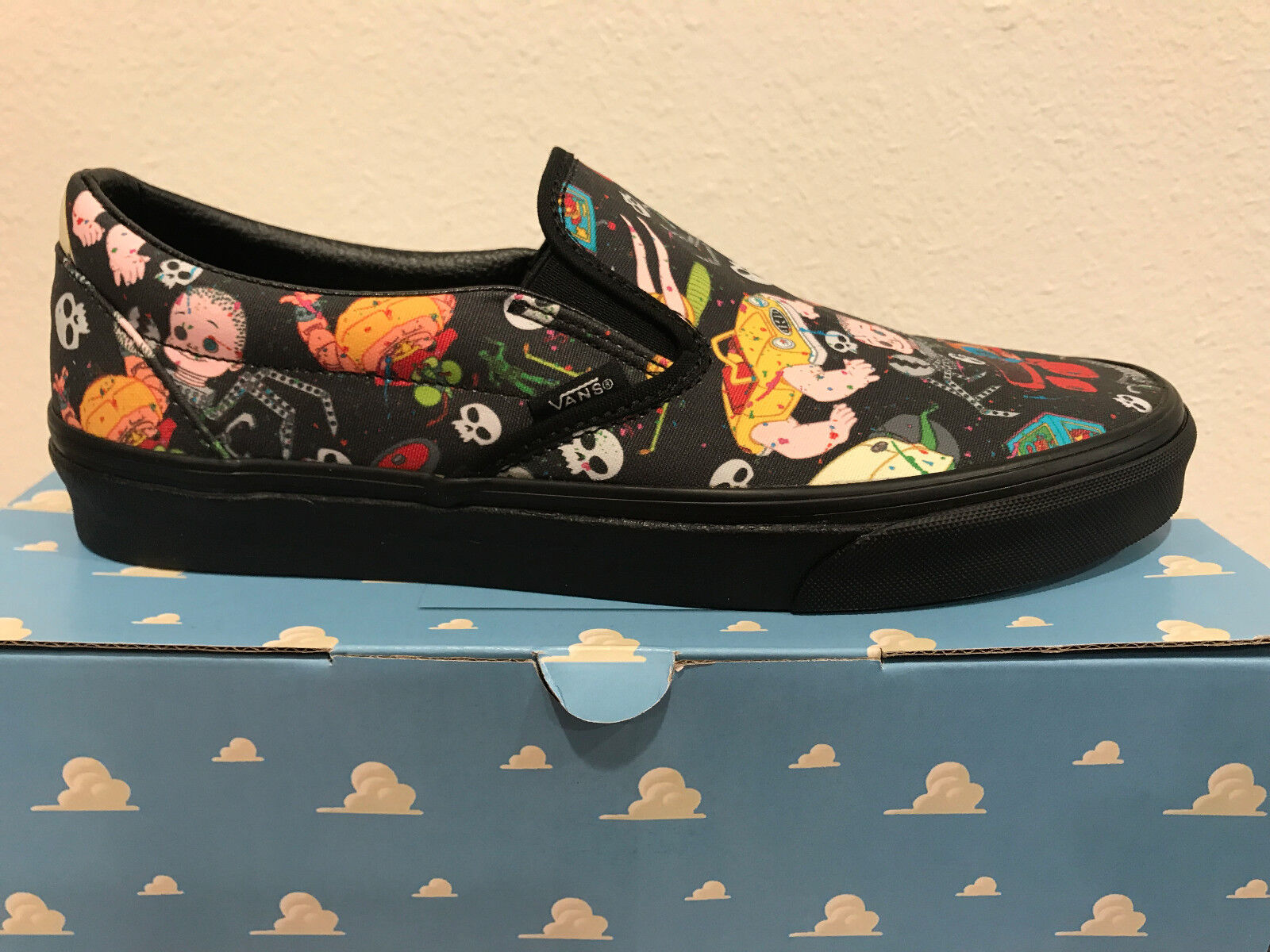 VANS Toy Story Classic Slip-On SIDSMUTNTS BLK Collectibles