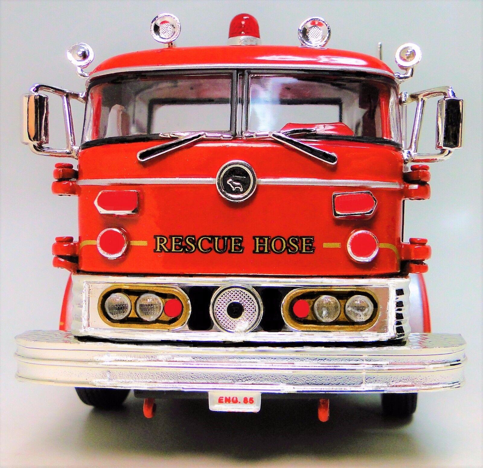 Un Vintage 1960s Bomberos Camión 1 T Modelo de Metal 24 Rojo Antiguo Pickup coche 18