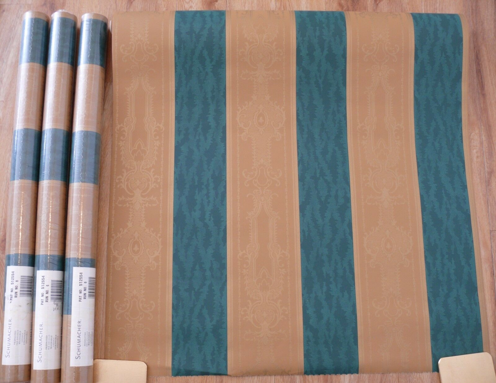4 Schumacher Wallpaper Double Rolls Prepasted Washable Strippable Green & gold