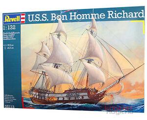 REVELL-05113-USS-BON-Homme-Richard-KIT-DE-MONTAGE-bateau-Modelisme-Modele