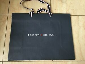 Dettagli su Tommy Hilfiger CARTA SHOPPER SACCHETTO REGALO portante dimensioni 30 x 40 x 15cm mostra il titolo originale