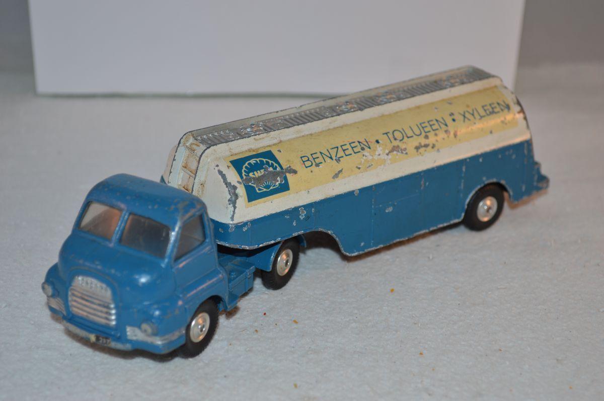 Corgi Toys 1110 Bedford 'S' Tanker 'SHELL BENZEEN TOLUEEN XYLEEN' PROMO SCARCE